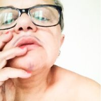 madame-moustache